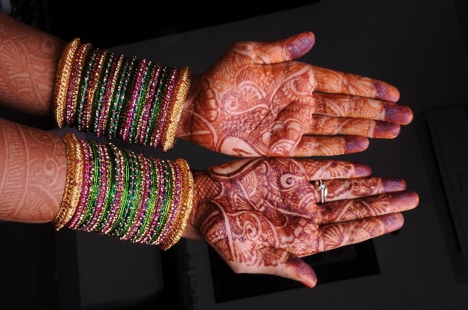 dirty hands and five stages of life during divorce